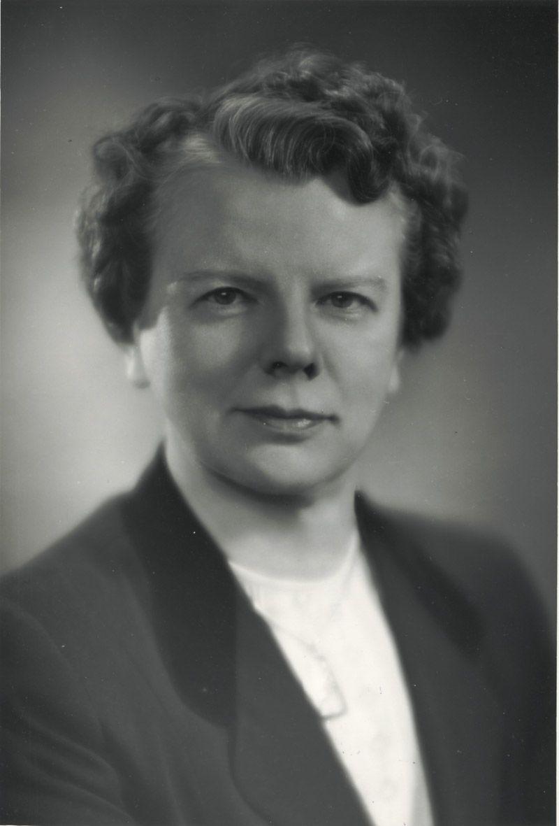 Portrait of Dr. Leone Farrell