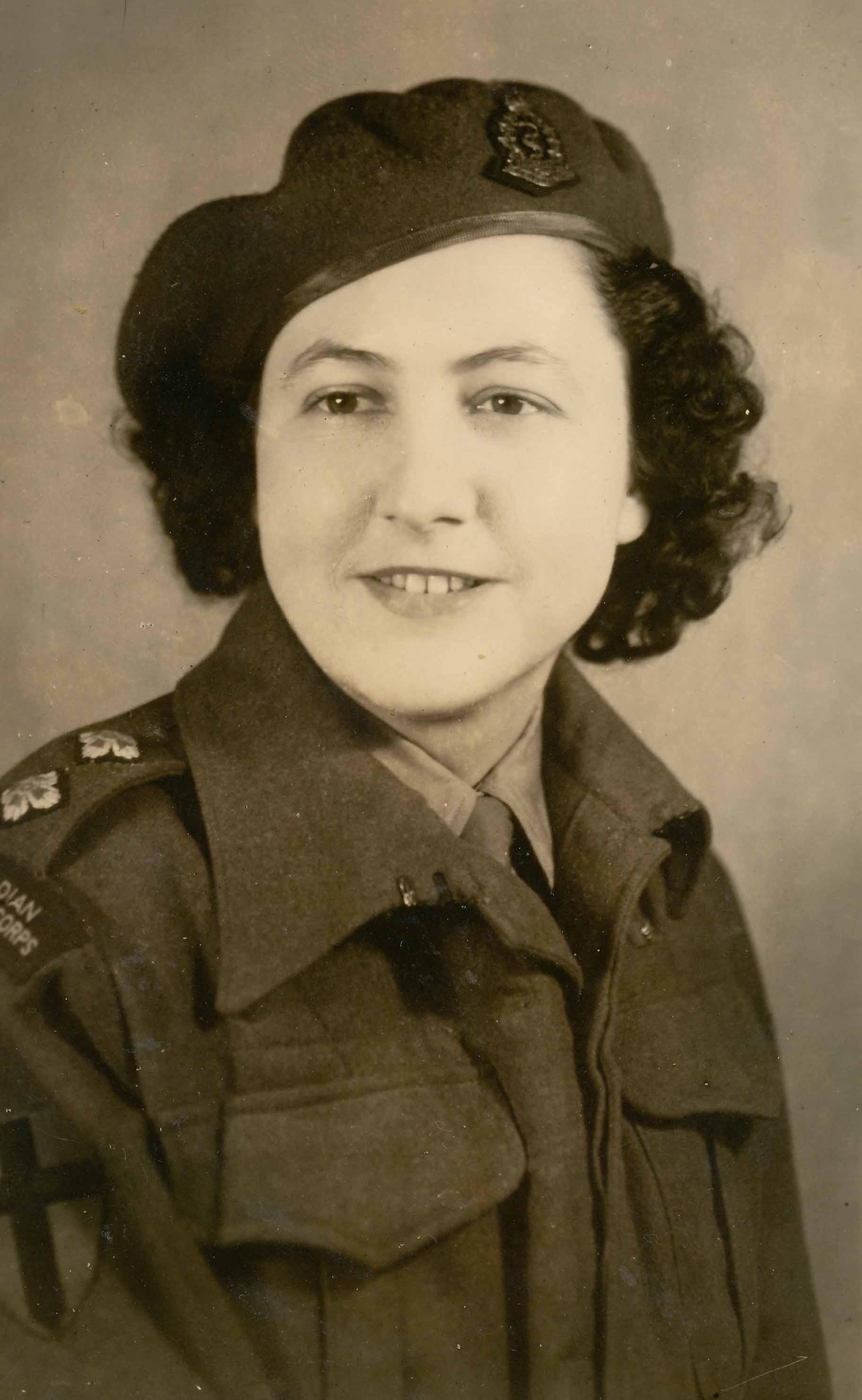 """Bertha Annie """"Bertie"""" Hull (née Herr) (Primary Source)"""