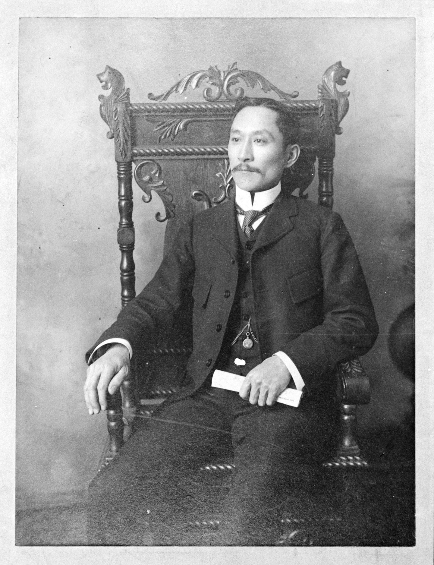 Photograph of Won Alexander Cumyow, circa 1900.