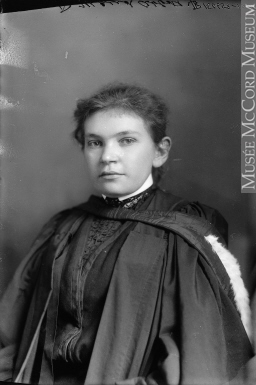 Dre Maude Abbott, 1904