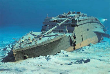 Unsinkable Obsession: the RMS Titanic
