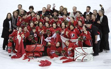 L'équipe olympique féminine de hockey à Turin