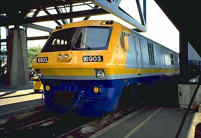 Train léger-rapide-confortable