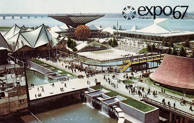 Postcard of the Canadian Government Pavilion at Expo