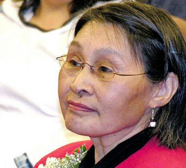 Ann Meekitjuk Hanson, le commissaire