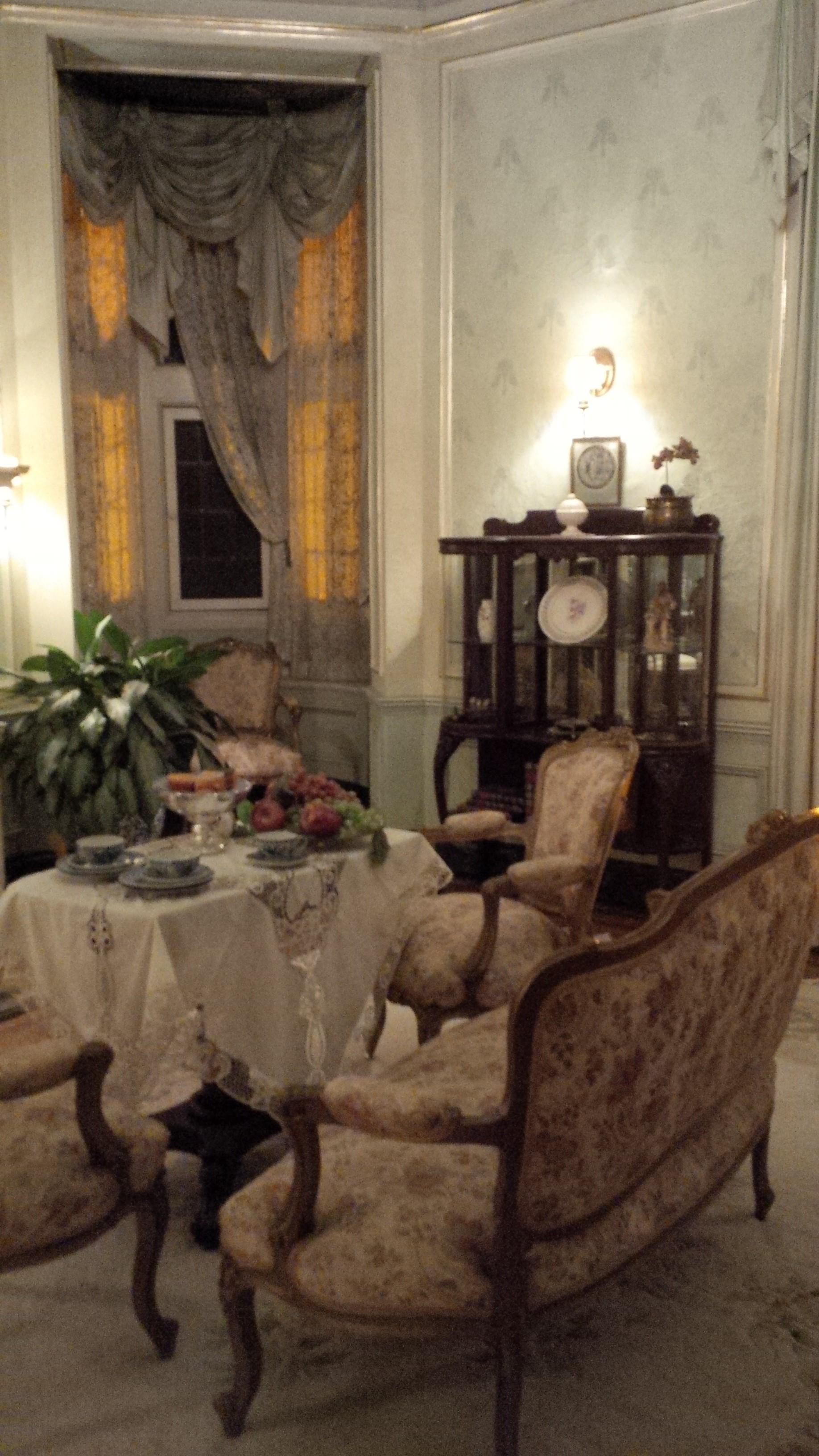 Casa Loma, interior.