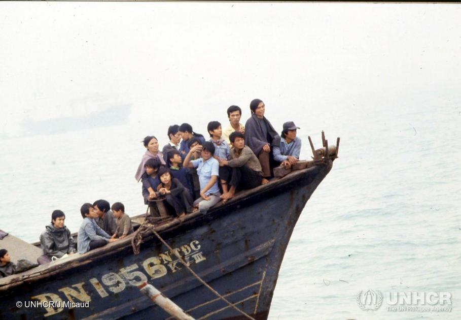 Des réfugiés vietnamiens arrivent à Hong Kong, 1981