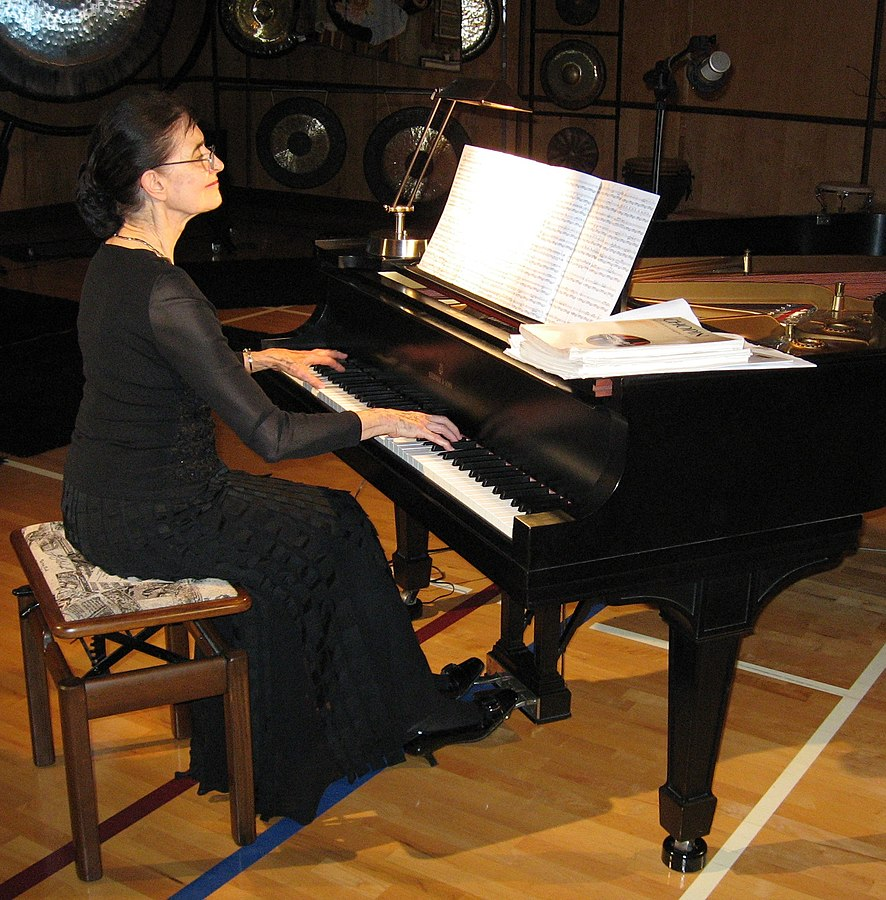 Elaine Keillor