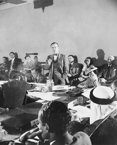 Lester B. Pearson addressing a committee at the United Nations Conference on International Organization in San Francisco, 1945.