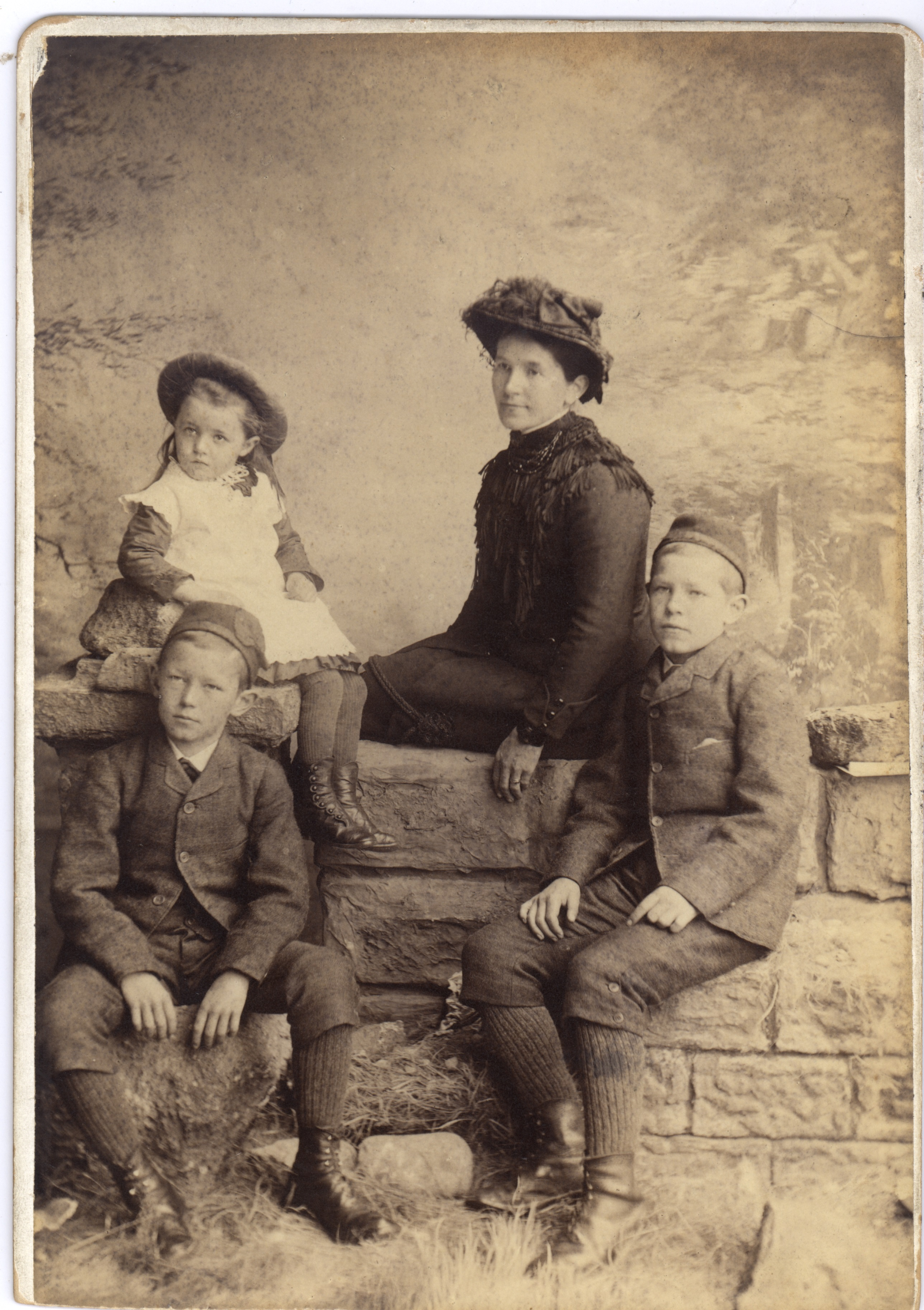 Janet, Geills, John & Thomas McCrae c. 1880