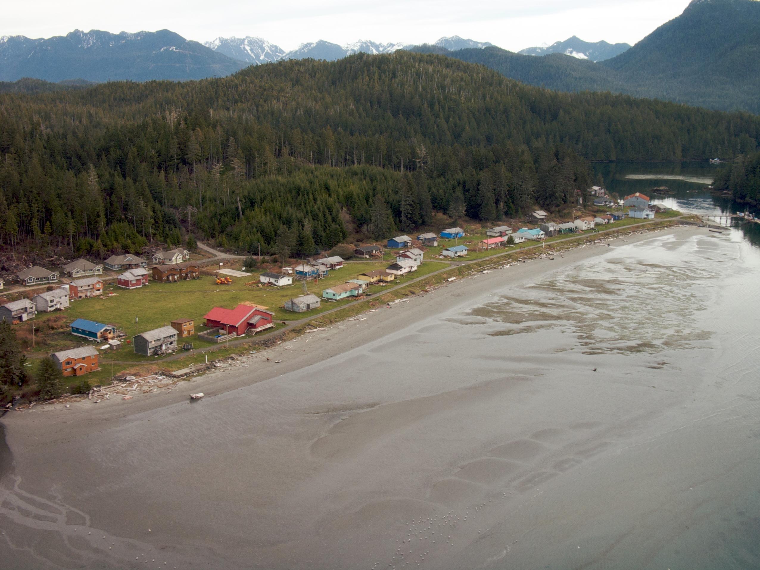 Opitsaht, Tla-o-qui-aht First Nation (2008)