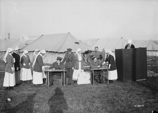 Les infirmières militaires du Canada, 1917