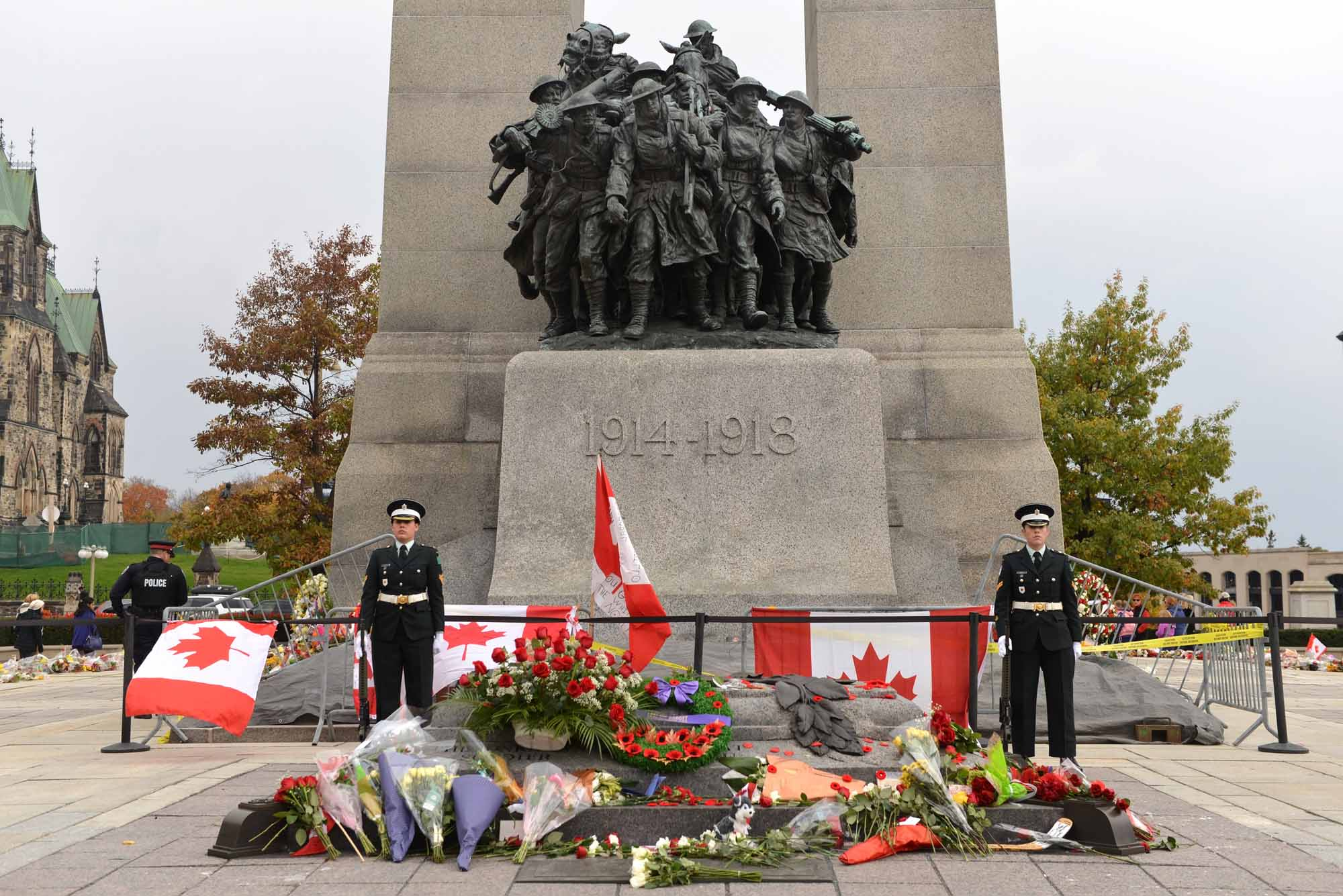 Sentries at the Cenotaph in Ottawa