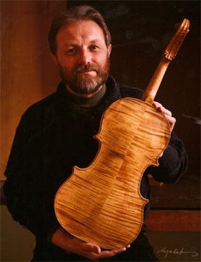 Dominik Zuchowicz, Luthier, 1993