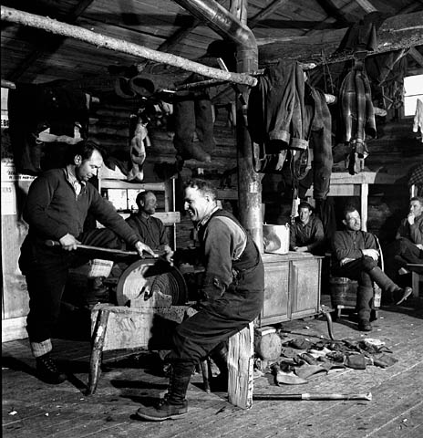 Lumberjacks in the bunk house at the l'Ange Vin camp in Gatineau Quebec, 1943.