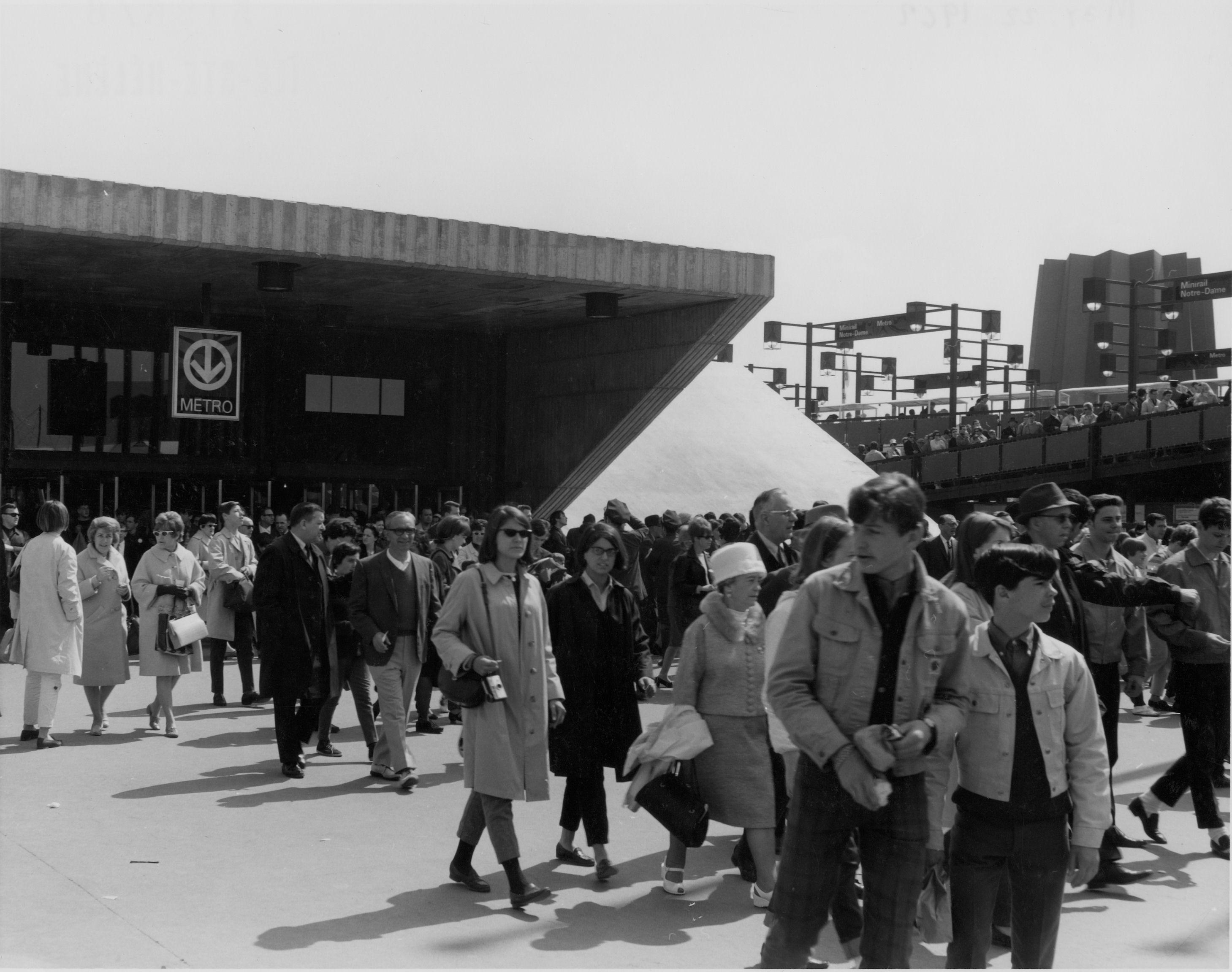 Station de métro Île Sainte-Hélène, 1967