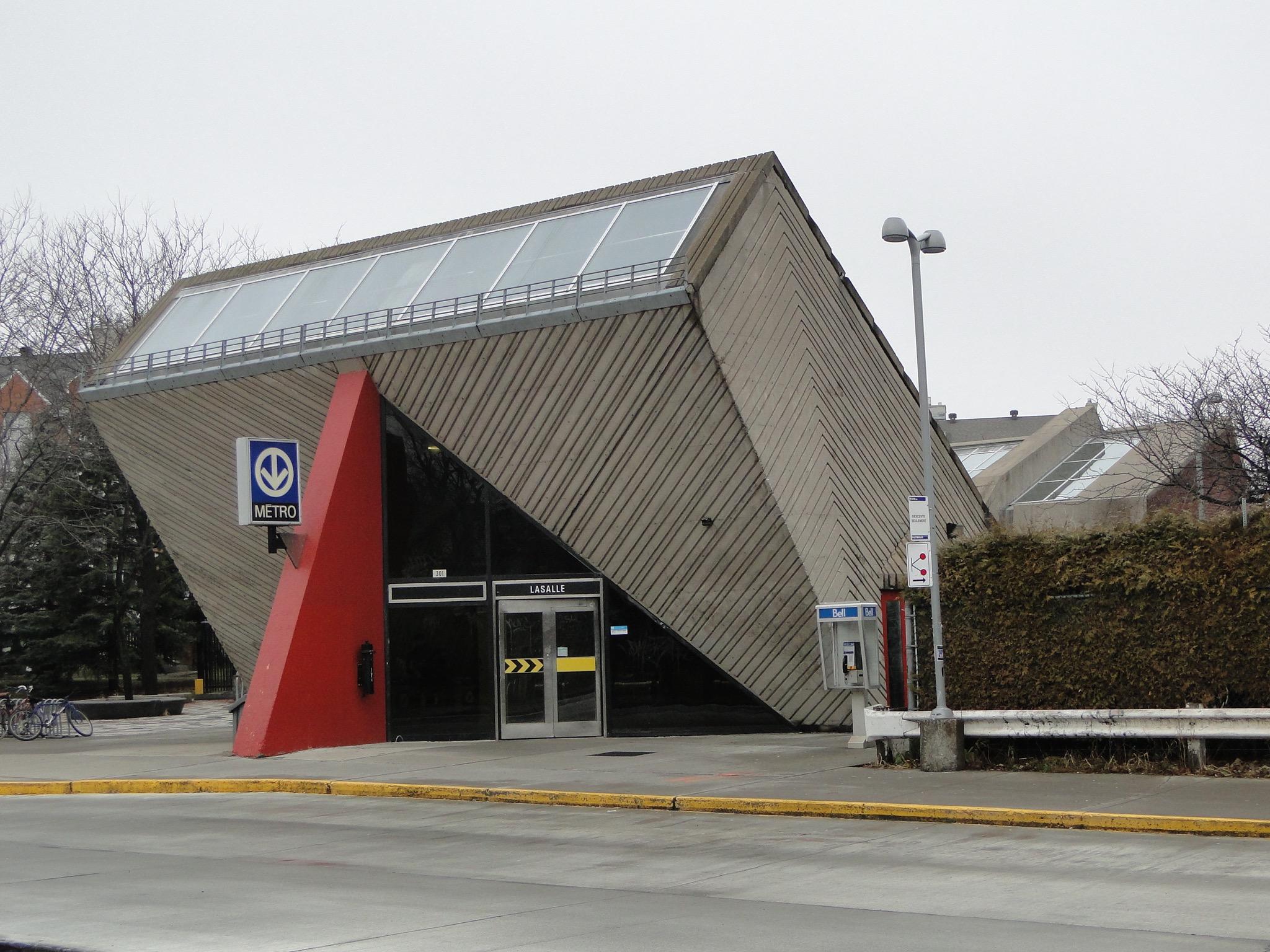 Édicule de la station Lasalle, métro de Montréal