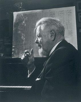 Macmillan, Ernest