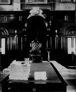 Pétitions pour l'émancipation de la femme à l'Assemblée législative, 1915