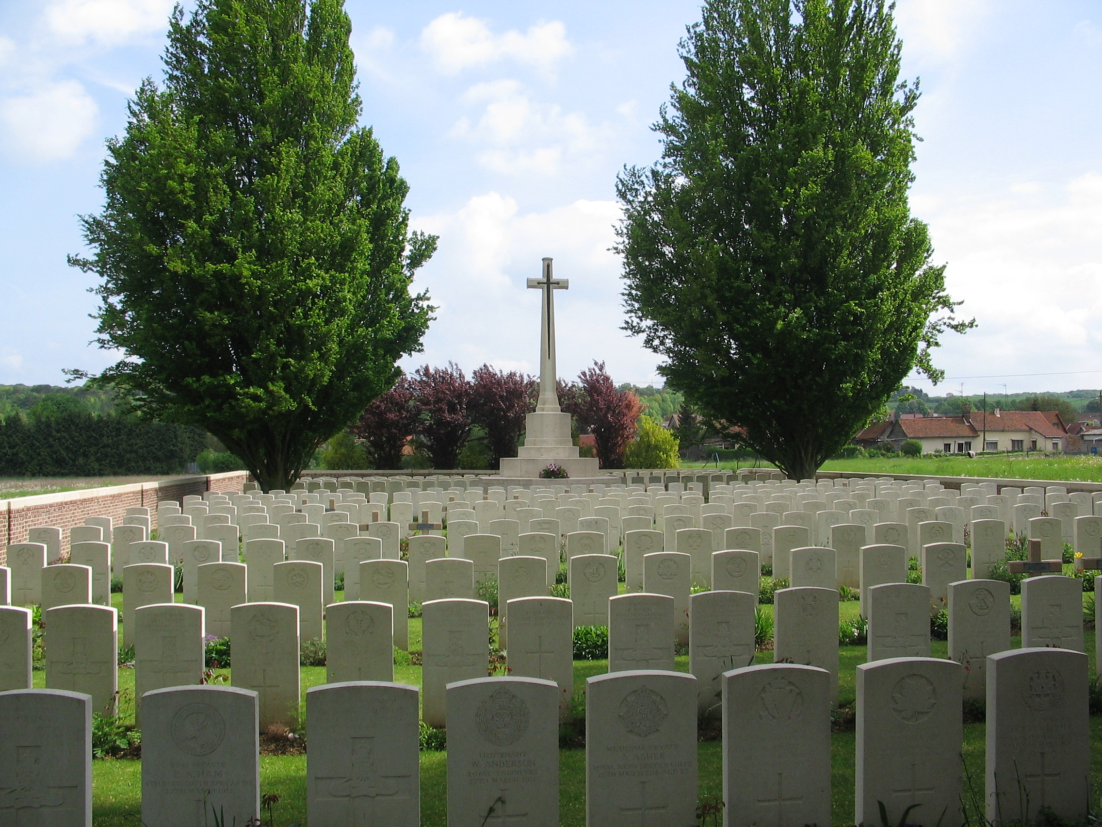 Namps-au-Val Cemetery