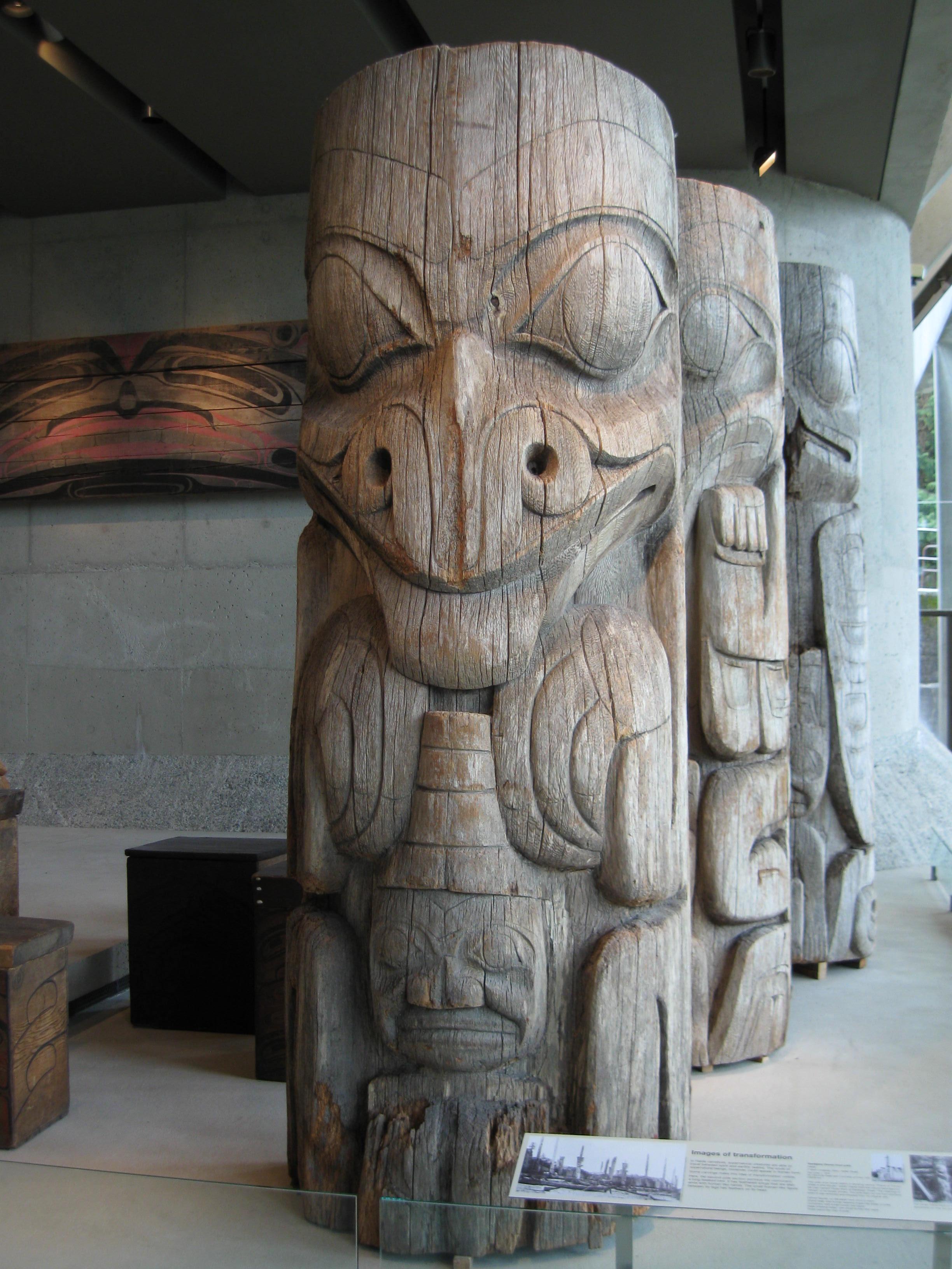 Haida House Pole