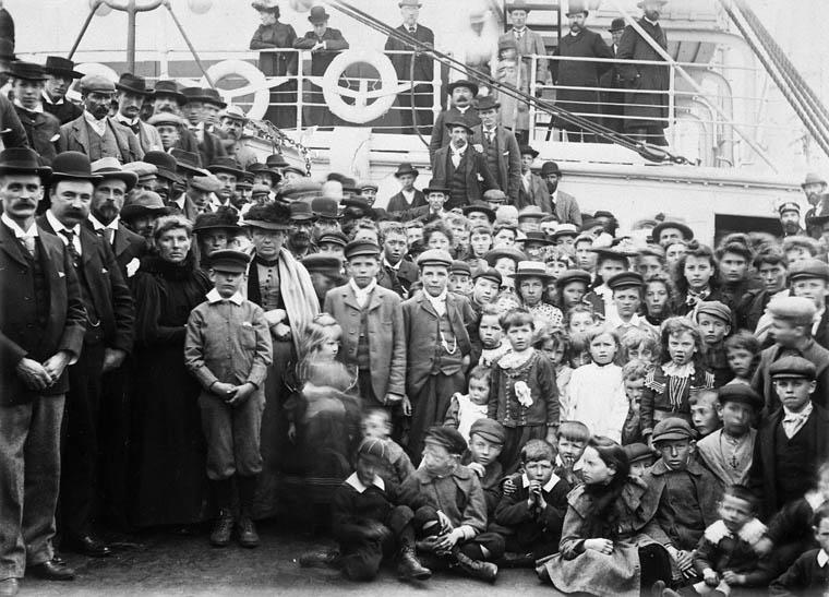 Gallois patagoniens quittant l'Angleterre à destination du Canada sur le SS Numidian de la compagnie Allan, 12 juin 1902