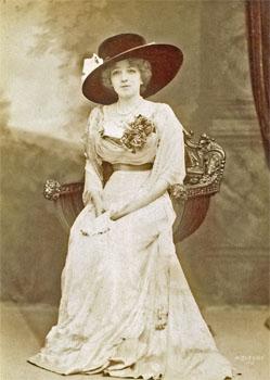 Jeanne Maubourg, mezzo-soprano