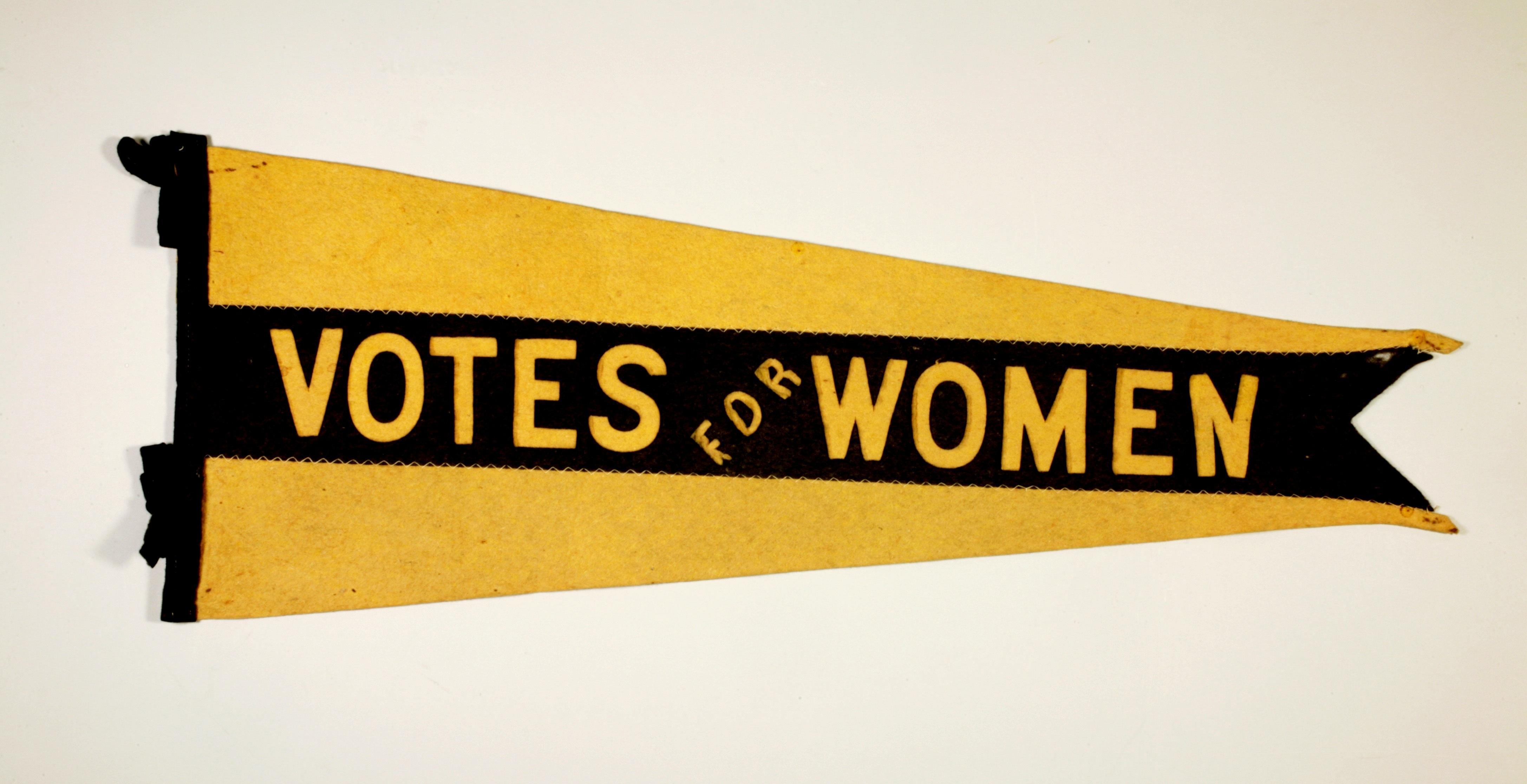 Fanion « Votes for Women » (Droit de vote pour les femmes)