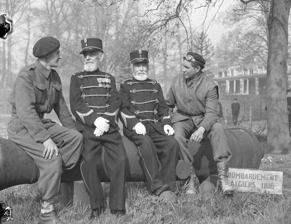 Soldats canadiens au Pays-Bas