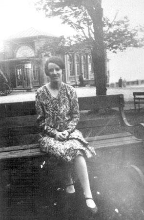 Jeanne Corbin, Montréal, vers 1931