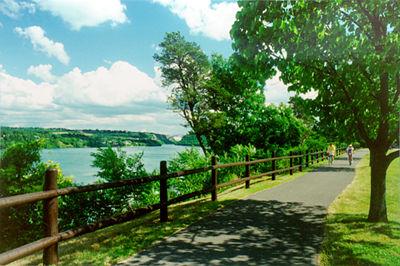 Niagara River Recreation Trail