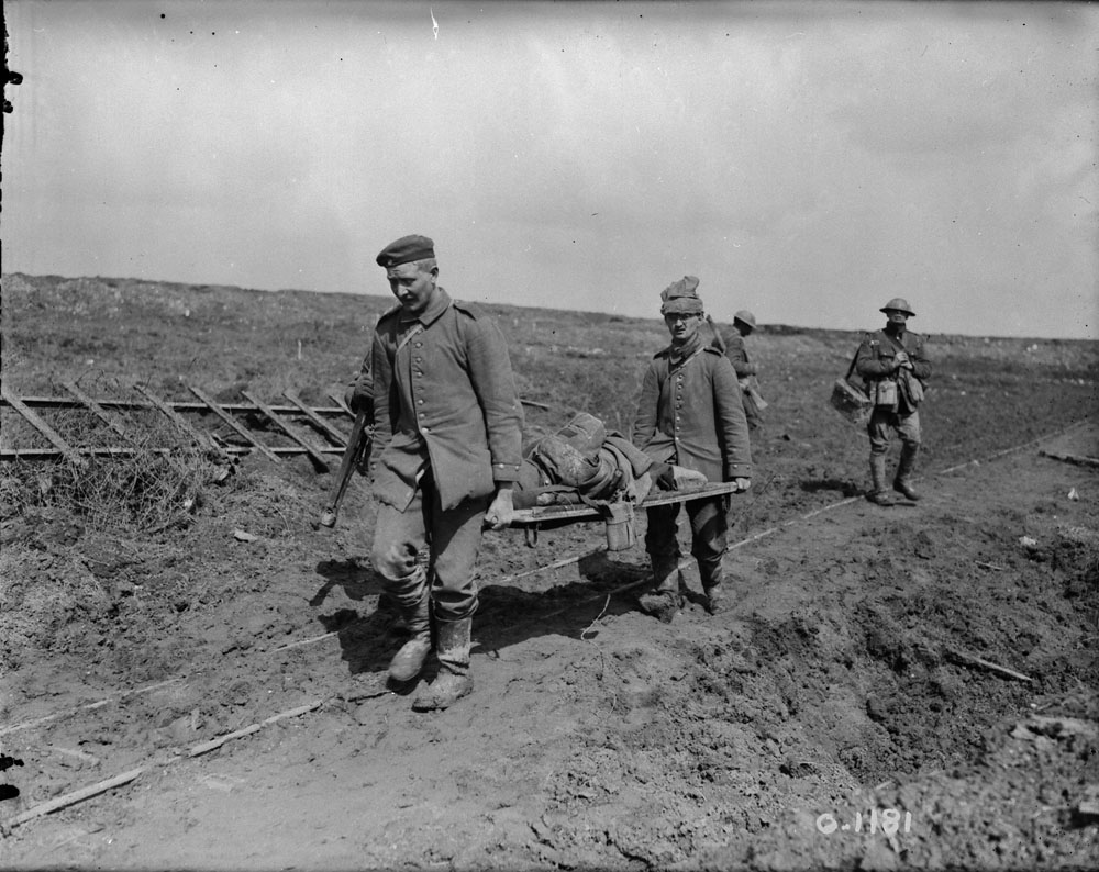 Soldiers wounded at Vimy Ridge