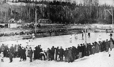 Hockey à Fort George, en Alberta