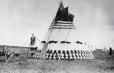 Siksika (Blackfoot) Tipi