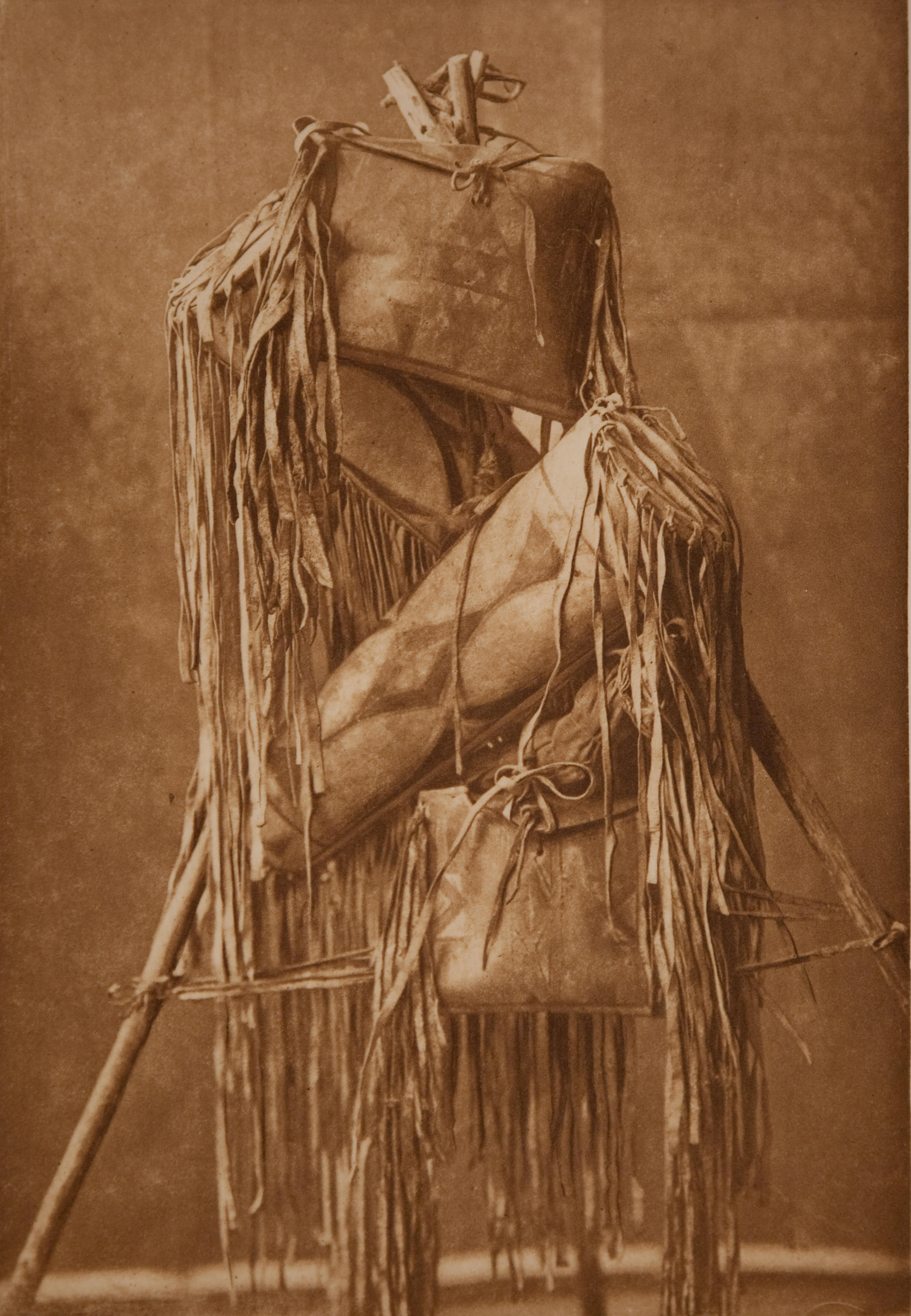 Trousses de guérisseur des Piegans/Piikani, vers 1911