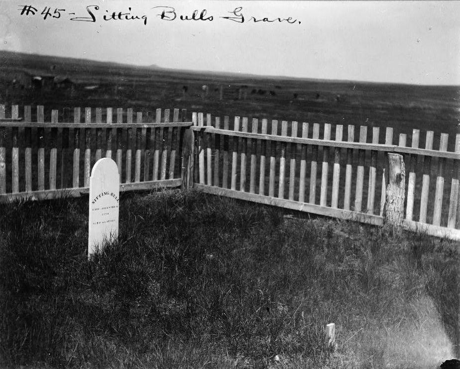 La tombe de Sitting Bull, vers 1906
