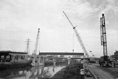 Gardiner Expressway, construction, c 1964