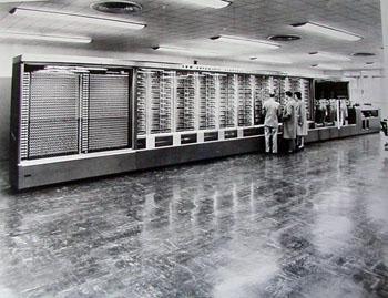 Ordinateur Mark 1 d'IBM