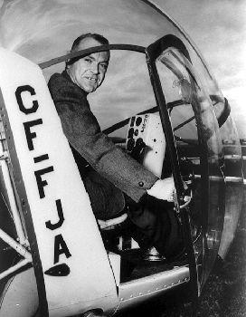 Carl Agar, pilot