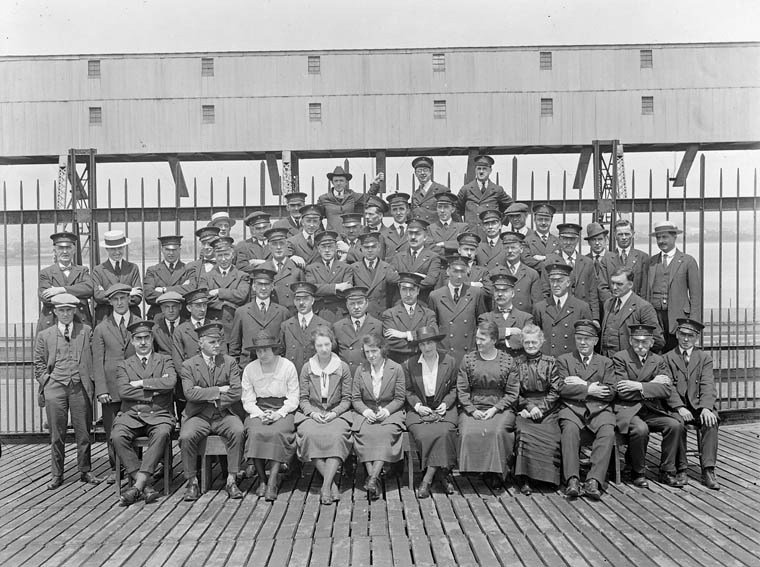Immigration staff, Québec