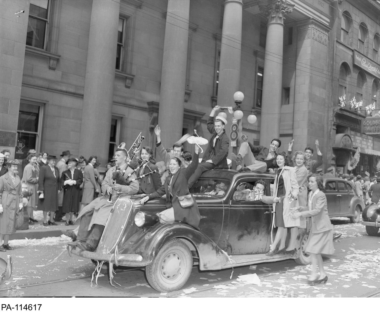 VE-Day in Ottawa