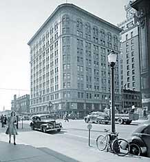 Vancouver Birks, 1946