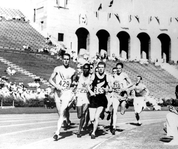 Phil Edwards 1932