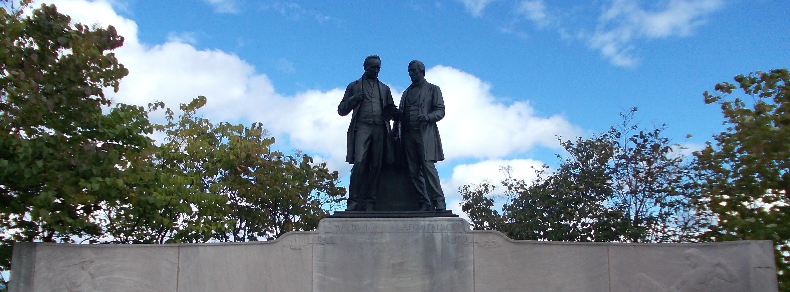Statue de Robert Baldwin et Louis-Hippolyte LaFontaine