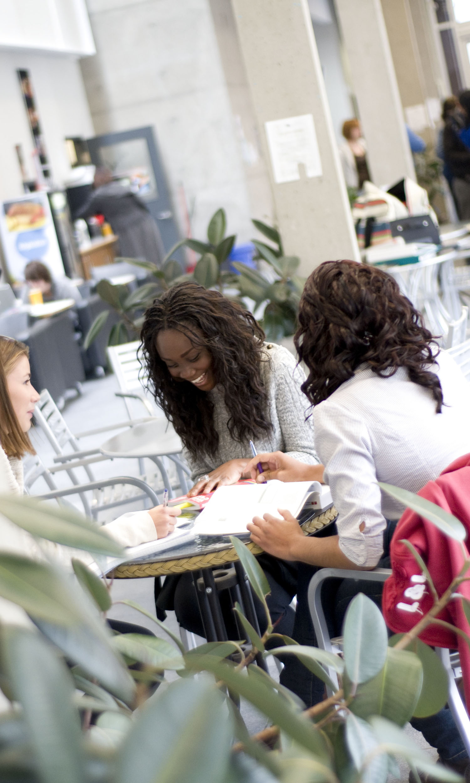 Students of Gatineau Campus, UQO