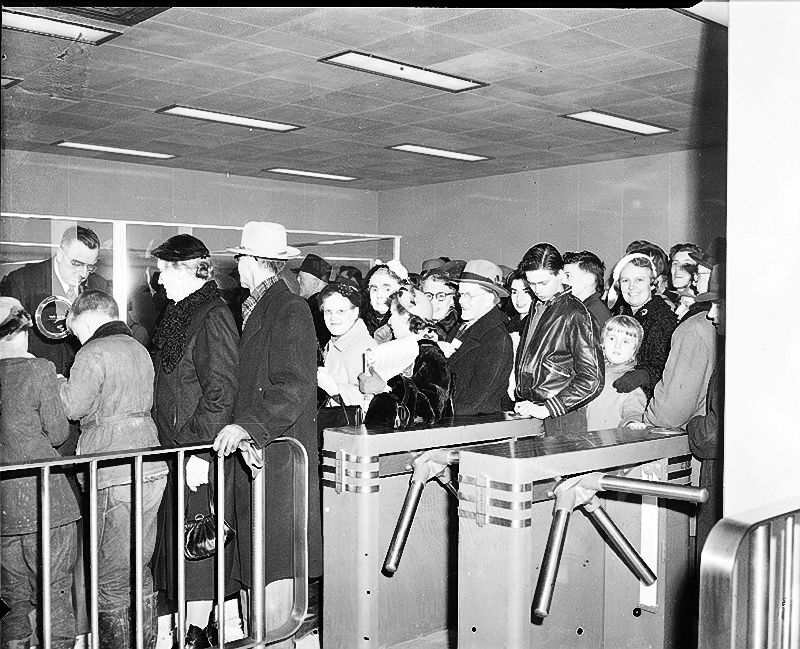 Jour de l'ouverture, 30 mars 1954