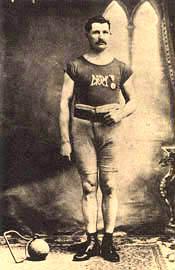 Desmarteau, Étienne