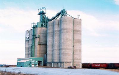 Grain Elevator, Smoky River