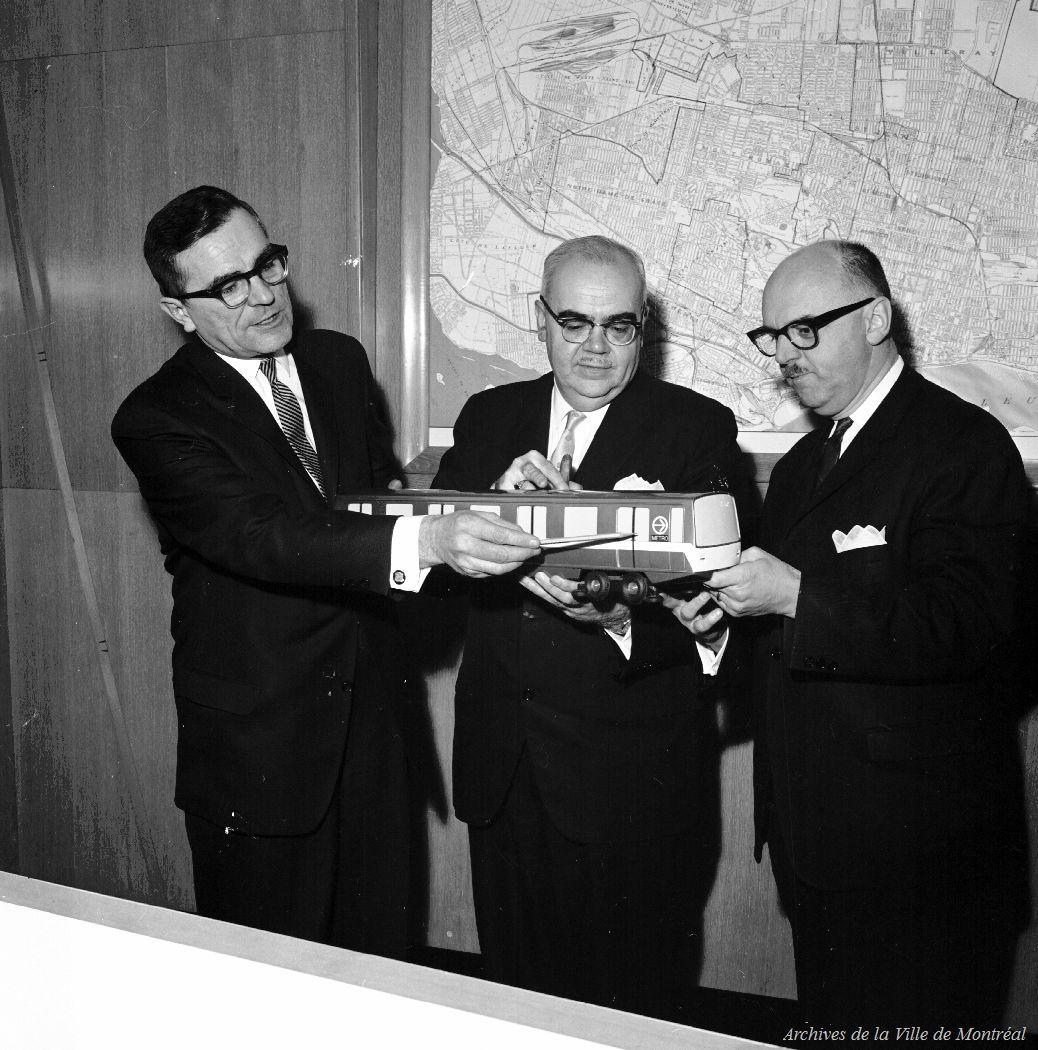 Maquette d'une voiture du métro avec Drapeau, Saulnier et L'Allier, 1963