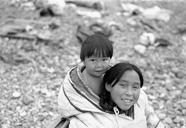 Inuit children